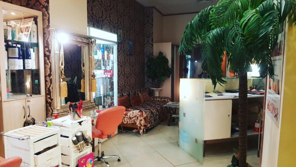 Зал парикмахерская 1